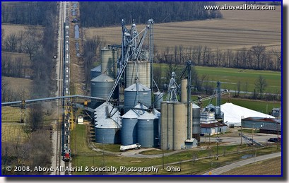 Aerial photo of a freight train being loaded at a grain elevator in Metamora, OH