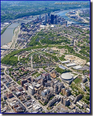 Aerial photo of the University of Pittsburgh and downtown Pittsburgh, PA, in spring.